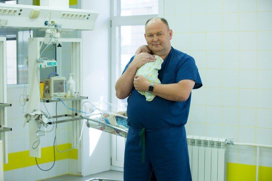 Ангел, живи!: иркутские хирурги спасли девочку с редчайшим диагнозом