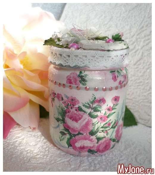 Баночка з квітами. Декупаж+декорування
