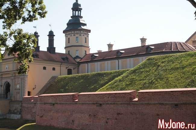 Подорожуємо по Білорусі. Несвіжський замок