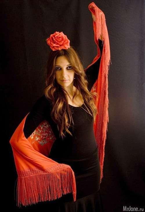 В ритмі фламенко: як сформувати гардероб в іспанському стилі