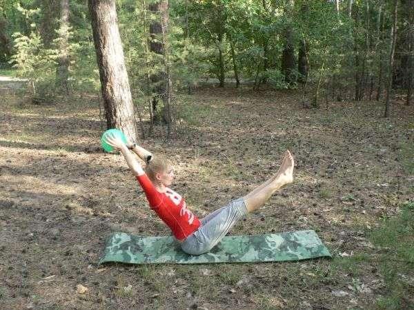Доступний спортивний гаджет: гімнастичний мяч