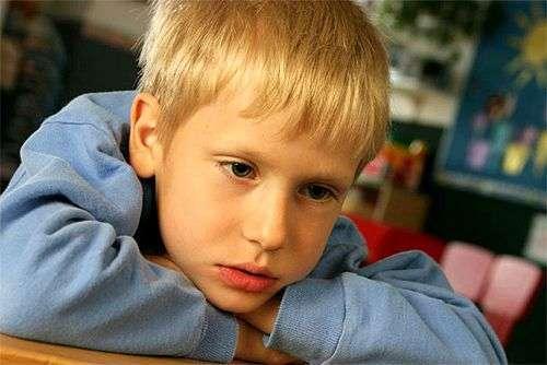 Як допомогти дитині пережити раптову смерть друга