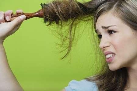 Як відновити волосся після хімічної завивки